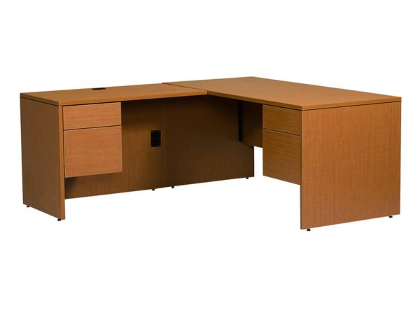 Halton Series Jr Executive LH L Desk 1