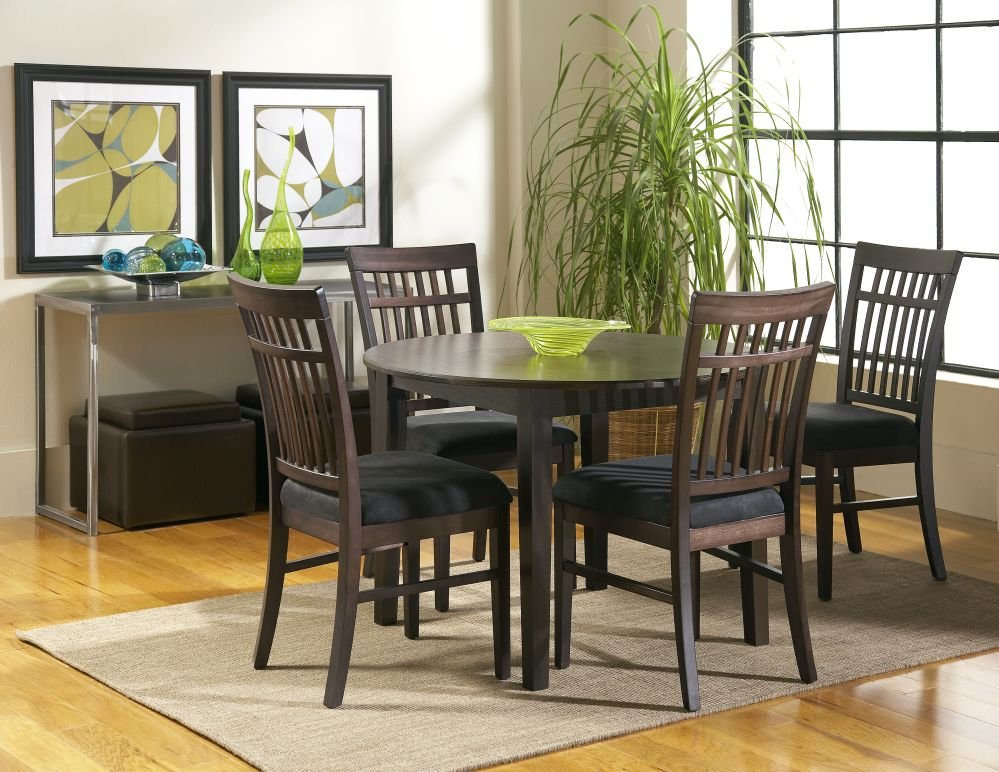 Cort Denver Dakota Sky LIne Round Dining Room And 4 Chairs