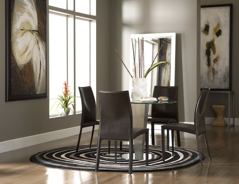 Cort Chicago Lakeshore Drive Julia Round Glass Dining Table