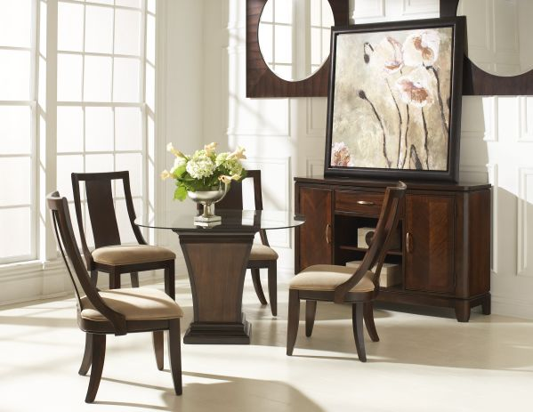 Boulevard Dining Room with Pedestal Table