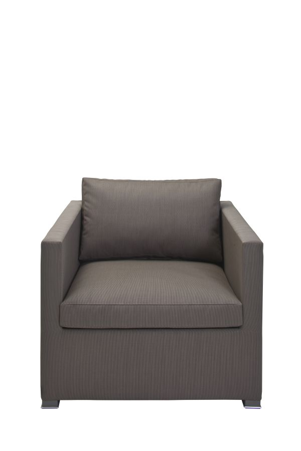 Briza Club Chair