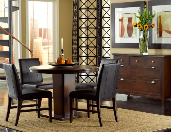 Colfax Dining Room with Round Table