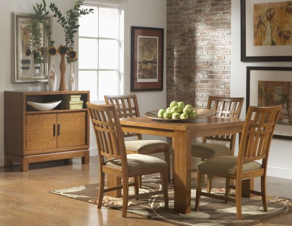 Bainbridge Square Dining Room with 4 Chairs
