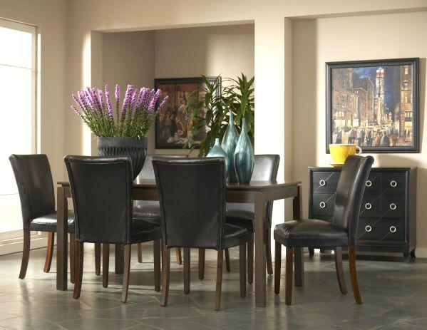 Clarence Rectangular Dining Room