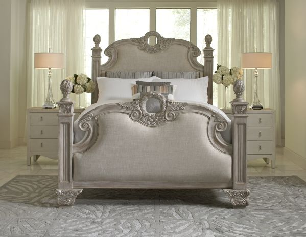 Cassandra Queen Bed