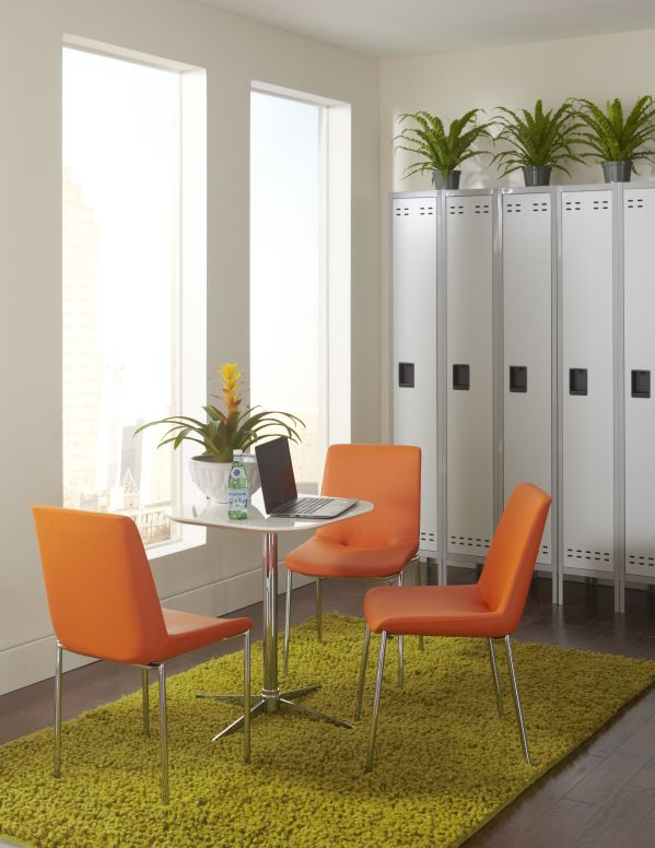 Leon Dining Table with 4 Helios Chairs